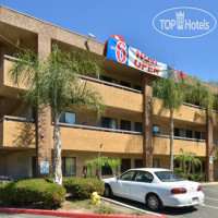 Фото отеля Motel 6 San Diego Mission Valley East 2*