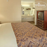 Фото отеля Days Inn and Suites Orlando / UCF Research Park 2*