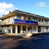 Фото отеля Motel 6 Orlando-Kissimmee Main Gate East 2*