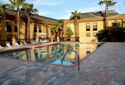 Hampton Inn Orlando/Florida Mall 3*