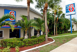 Motel 6 Fort Lauderdale 3*