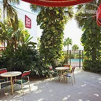 Фото отеля Red Roof Inn Miami Airport 2*