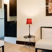 Фото отеля Tradewinds Apartment 3*