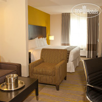 Фото отеля Comfort Suites Miami Airport North 3*