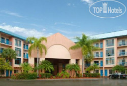 Comfort Inn & Executive Suites Naples 2*