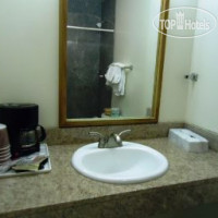 Фото отеля Travelodge by Fishermans Wharf 2*