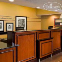 Фото отеля Hampton Inn Akron-Fairlawn 2*