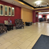 Фото отеля Holiday Inn Express Hotel & Suites Defiance 2*
