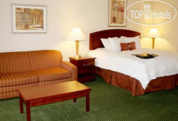 Hampton Inn Akron-South 2*