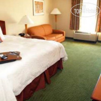 Фото отеля Hampton Inn Akron-South 2*