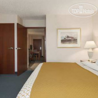 Фото отеля Embassy Suites Cleveland - Rockside 3*