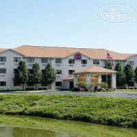 Фото отеля Ramada Limited Fairborn 2*