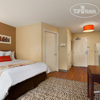 Фото отеля Hawthorn Suites by Wyndham Cincinnati Blue Ash 2*