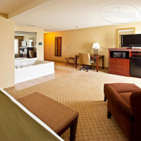 Фото отеля Holiday Inn Express Fairfield 2*