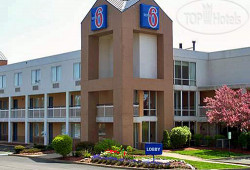 Motel 6 Cleveland-Willoughby 3*