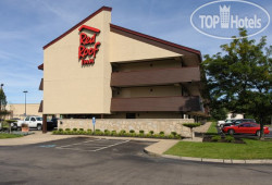 Red Roof Inn Akron 2*