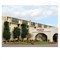 Фото отеля Ramada Plaza Hotel and Conference Center (ex.Midwest Hotel & Conference Center) 3*