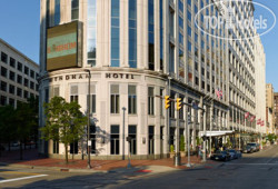 Wyndham Cleveland at Playhouse Square 3*