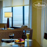 Фото отеля DoubleTree by Hilton Cleveland Downtown-Lakeside 4*