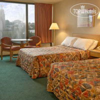 Фото отеля Days Inn Sharonville 2*