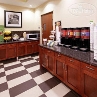 Фото отеля Hampton Inn Cleveland Downtown 3*
