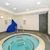 Фото отеля Holiday Inn Express Fishkill-Mid Hudson Valley 3*