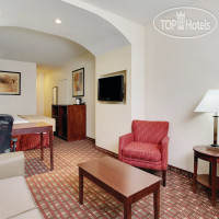 Фото отеля La Quinta Inn & Suites JFK Airport 3*