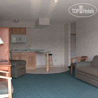 Фото отеля Red Carpet Inn & Suites Canandaigua Motel 1*