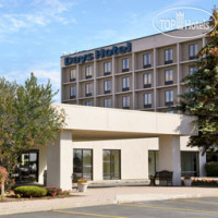Фото отеля Days Hotel Buffalo Airport 3*