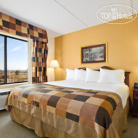 Фото отеля Wingate by Wyndham Raleigh 3*
