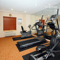 Фото отеля Econo Lodge Inn & Suites 2*