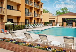 Courtyard Greensboro 3*