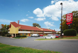 Red Roof Inn Charlotte Airport 2*