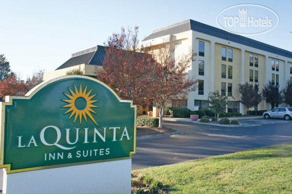 La Quinta Inn & Suites Charlotte Airport North 3*