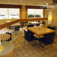 Фото отеля La Quinta Inn & Suites Charlotte Airport North 3*