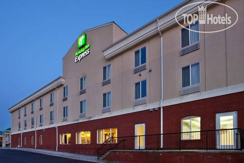 Holiday Inn Express Hotel & Suites Commerce-Tanger Outlets 2*