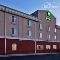 Фото отеля Holiday Inn Express Hotel & Suites Commerce-Tanger Outlets 2*