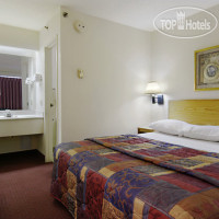 Фото отеля Red Roof Inn Atlanta - Kennesaw 3*
