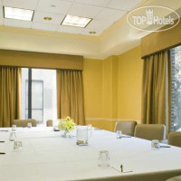 Фото отеля DoubleTree by Hilton Savannah Historic District 3*