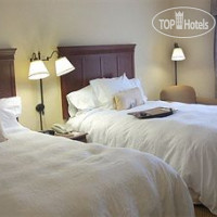 Фото отеля Hampton Inn & Suites Burlington 3*