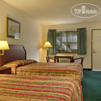Фото отеля Travelodge Everett Mall 2*