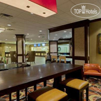 Фото отеля DoubleTree by Hilton Baltimore - BWI Airport 3*