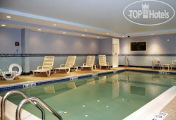 Comfort Inn & Suites Scarborough 2*