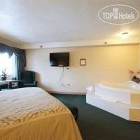 Фото отеля Black Bear Inn Conference Center & Suites 3*