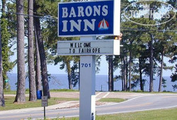 "Barons ""By the Bay"" Inn 2*"