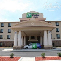 Фото отеля Holiday Inn Express & Suites Huntsville Airport 2*