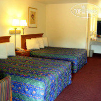 Фото отеля Country Hearth Inn Madison 2*