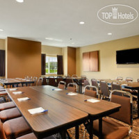 Фото отеля Microtel Inn & Suites by Wyndham Dickinson 2*