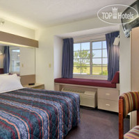 Фото отеля Days Inn Faribault 2*