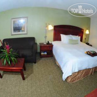 Фото отеля Hampton Inn & Suites Nashville-Airport 3*